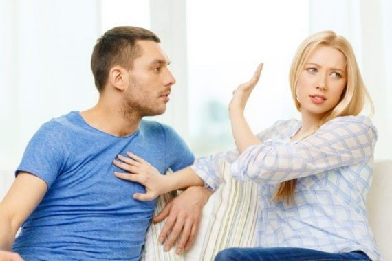 10 Signs Your Dating Relationship Is In Deep Trouble