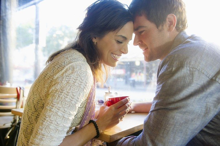 10 Signs Your Ex Is Becoming Interested Again