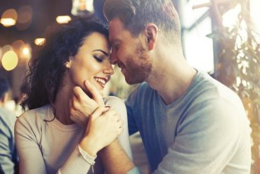 should i hook up with my exs friend My boyfriend still has his ex-girlfriend's  when is it time to end a relationship with a lover, friend or  10 things you should never give up for a relationship.